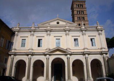 Basilica dei Santi Bonifacio e Alessio fronte