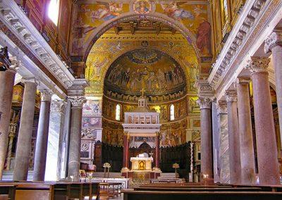 Santa Maria in Trastevere interno chiese matrimoni rom