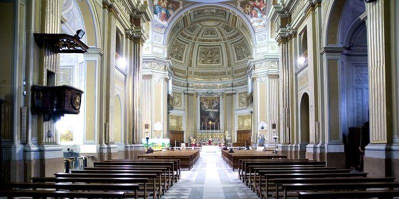 chiesa della santissima trinità genzano